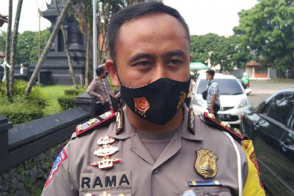 Kasatlantas Malang Kota, AKP Ramadhan Nasution. (ws1) - Polresta Malang Kota Dapat Penghargaan dari Kemenpan RB