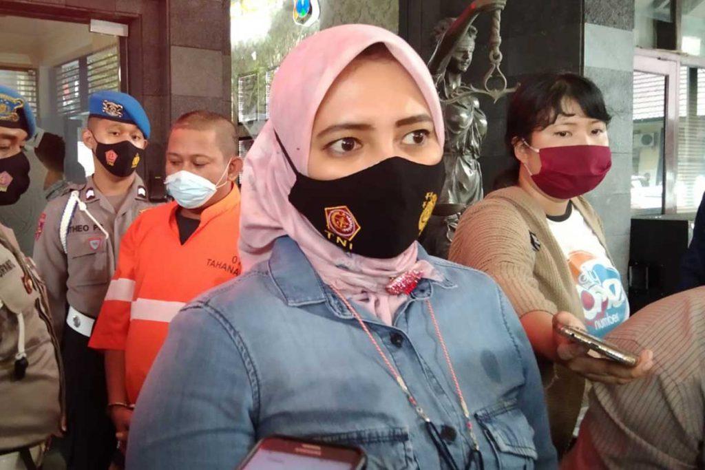 Penjelasan Kasat Reserse Narkoba terkait pengungkapan kasus. (ws1) - Kurir Narkoba Lintas Daerah Diciduk Satreskoba Kota Malang