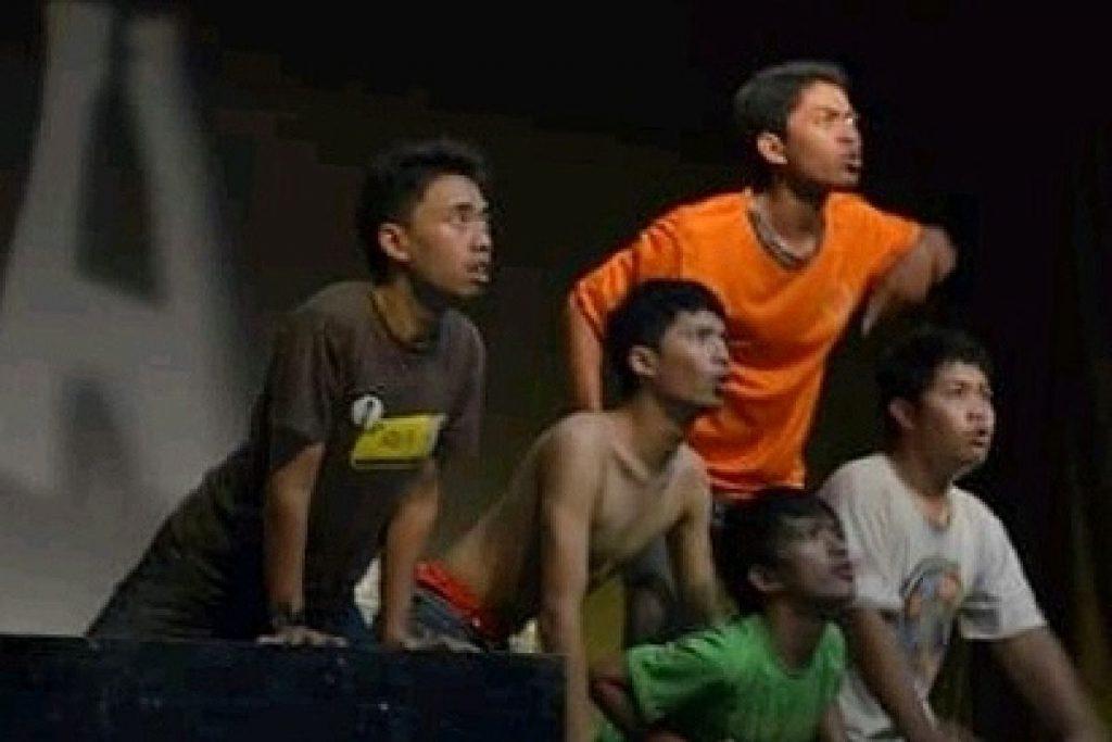 Pertunjukan teater masih diminati kaum pemuda. (ist) - Parade Teater, Ajang Seniman Berekspresi Virtual