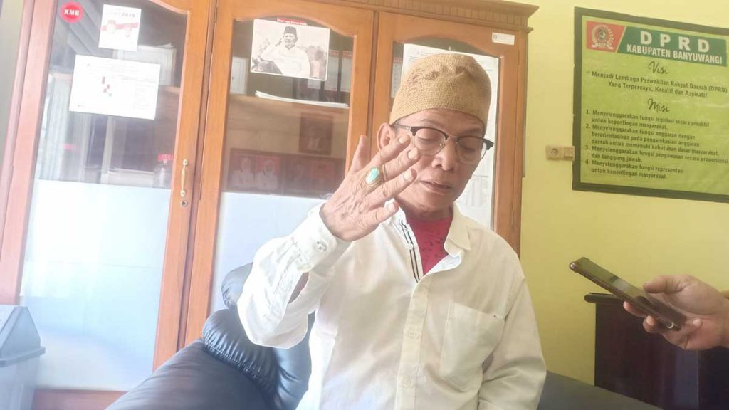 Ketua Pansus Kapal LCT Sritanjung, H. Noval (Foto: Aras Sugiarto Memo-X) - LCT Kapal Sritanjung Jadi Barang Rongsokan Dan Disoal Ormas, Pansus Kapal Sritanjung DPRD Banyuwangi Beberkan 5 Rekomendasi